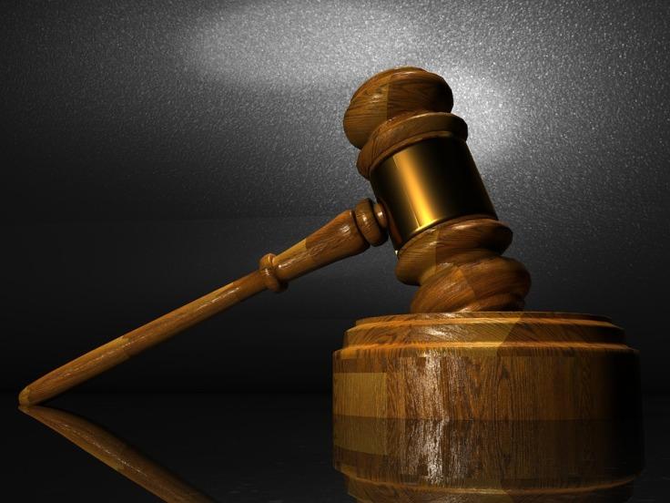 law-1063249_960_720